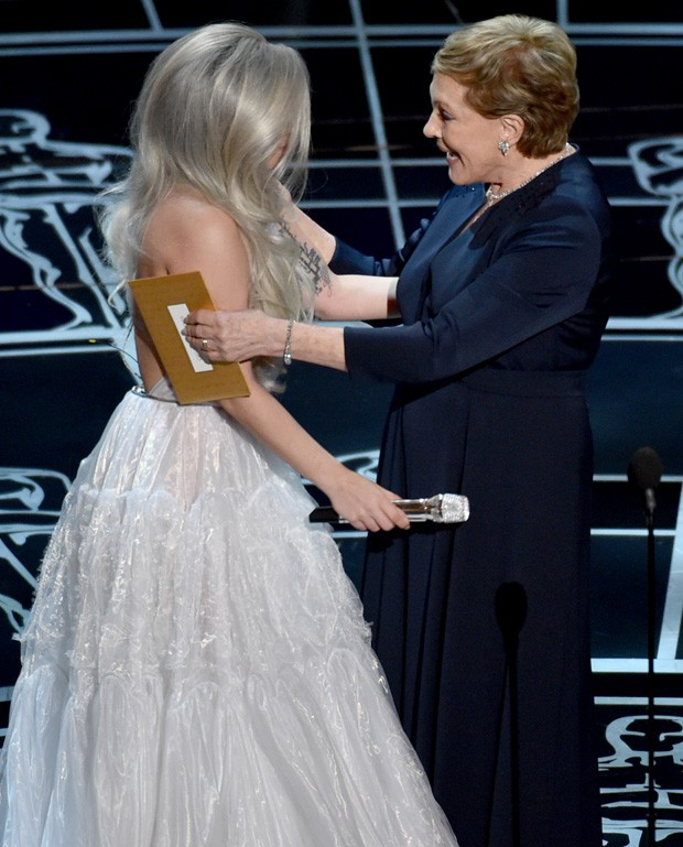 julie andrews agradece lady gaga