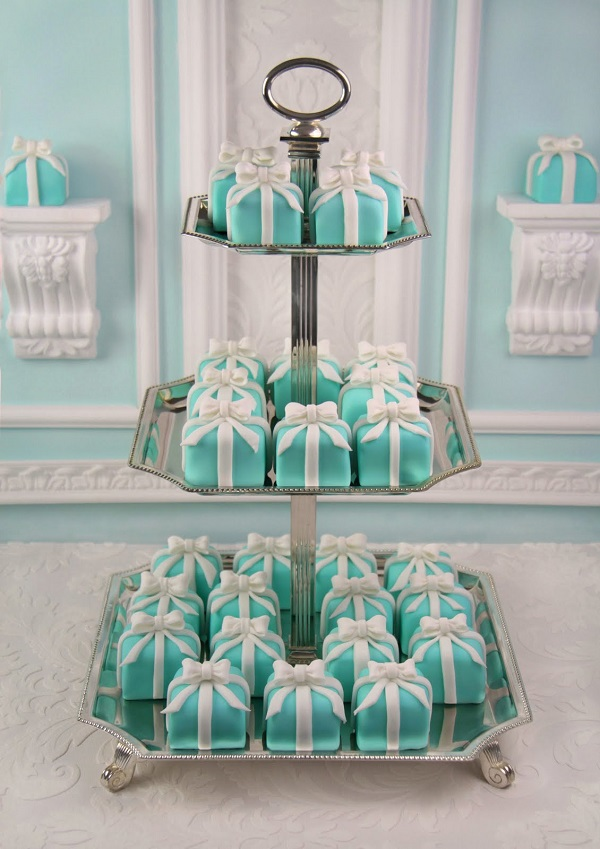 Tiffany Blue Box cakes ideas fashion style wedding