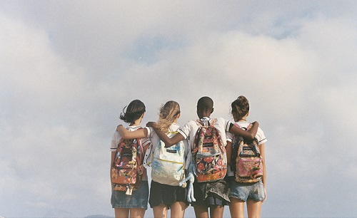 mochilas da farm e jansport