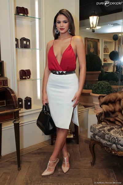 look arrasador bruna marquezine bobô