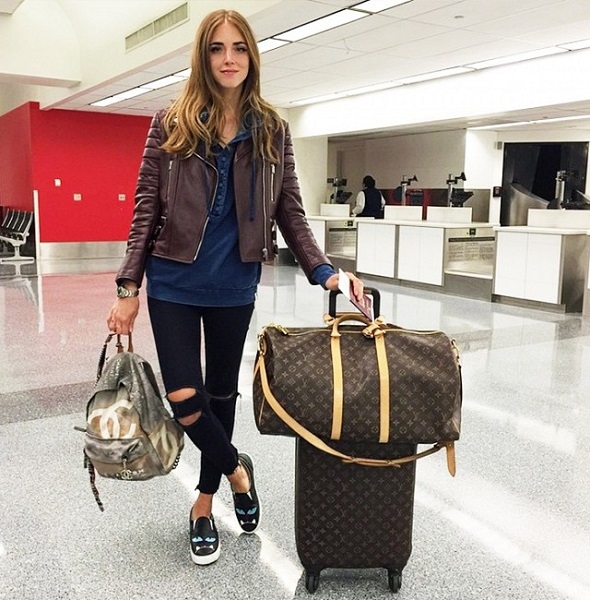 airport style fashion chiara ferragni