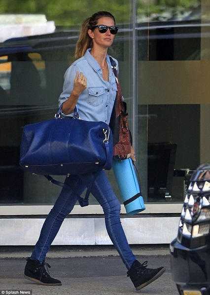 gisele bundchen look aeroporto fashion