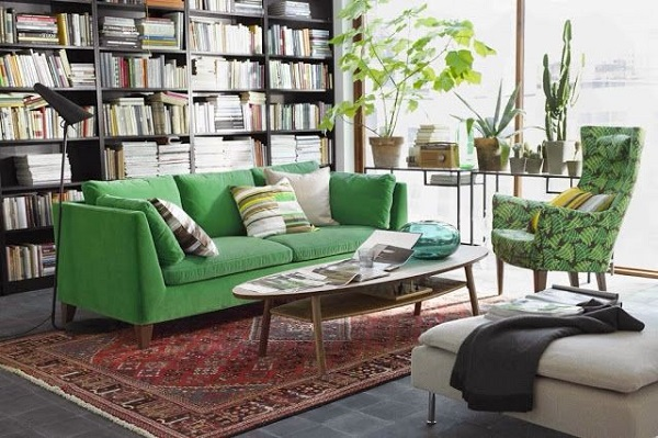 bblioteca decoracao sofa verde