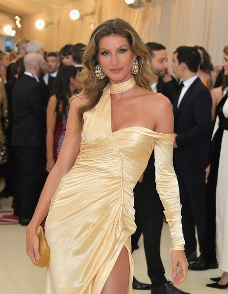 gisele bundchen met gala fashion 2018
